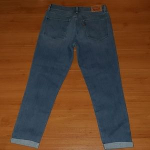 Levi's Jeans - LEVIS mid rise crop cuffed Jeans size 28 NWT